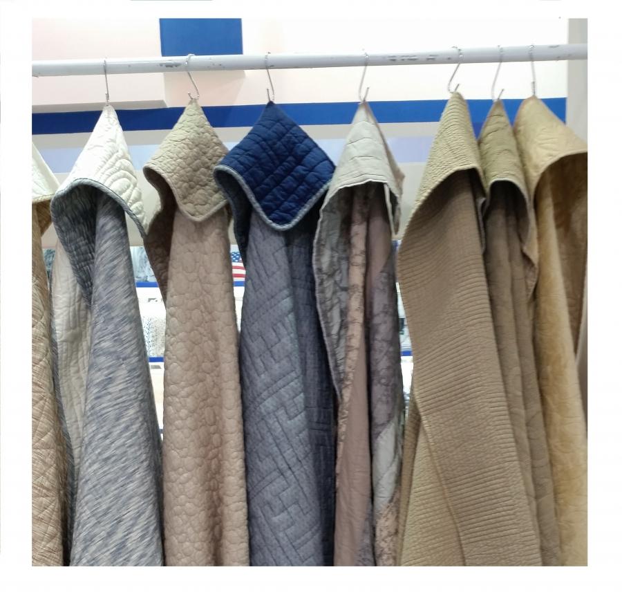 De nuestros tejidos, la gente crea sus productos, buties, nórdicos, edredones, etc. Amplia gama de materias primas, puestas a disposición de nuestros clientes.